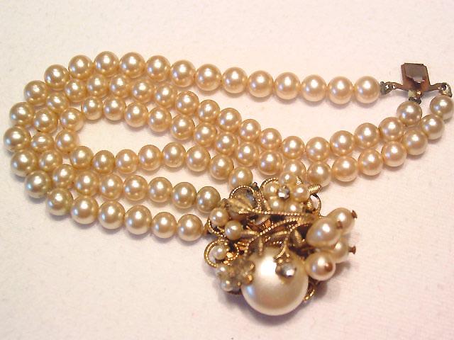 Old Fancy Pearl Bracelet