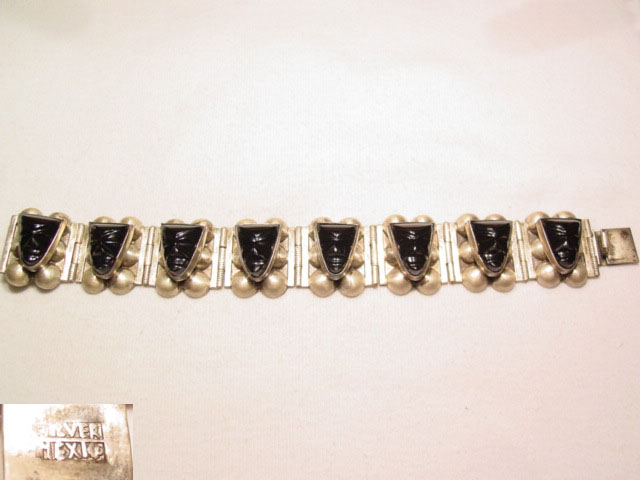 Mexico Silver Linked Bracelet with Black Faces