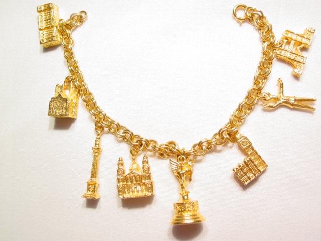 England Souvenir Charm Bracelet