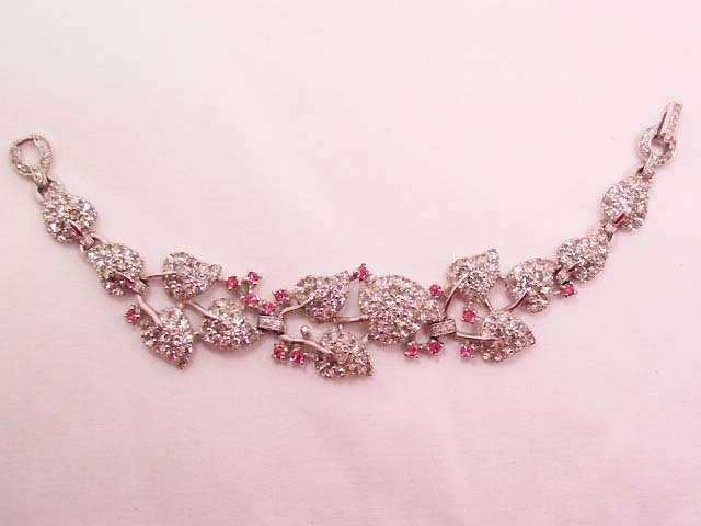 Beautiful Leaf-Design Heavy Old Bracelet