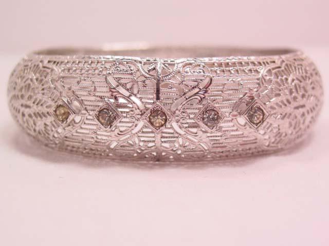 Beautiful Signed Highly Filigreed Silvertone Bracelet