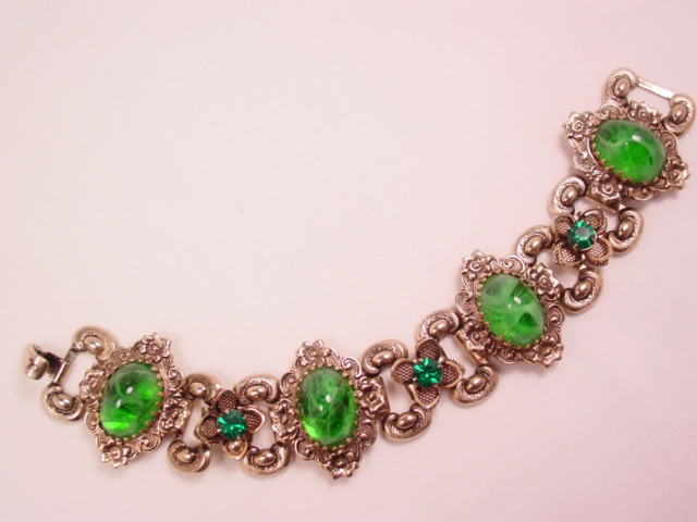 Beautiful Antiqued-Goldtone Fancy Green Bracelet