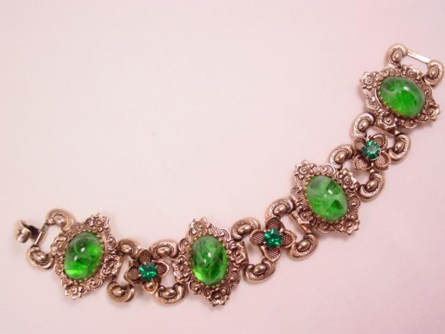 Beautiful Antiqued-Goldtone Fancy Green Bracelet