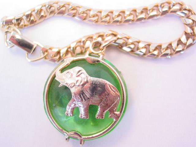 Warner Green Glass Elephant Bracelet