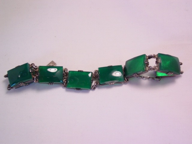 Wonderful Green Glass and Sterling(?) Bracelet