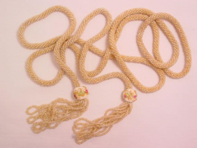 Cream-Colored Venetian Bead Belt
