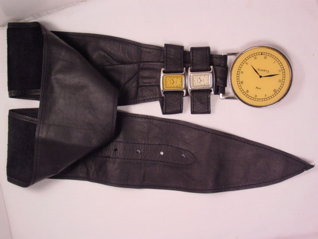 Extraordinary Black Leather Comeco Collection Clock/Watch Belt