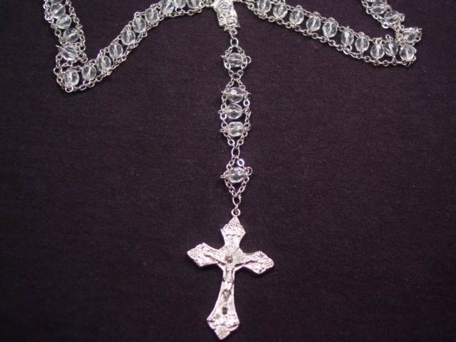 Autom China Clear Glass Beaded Rosary