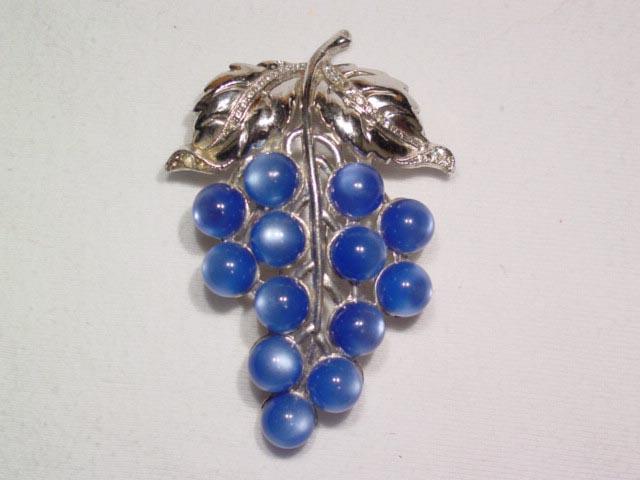 Blue Moonglow Grape Fur Clip