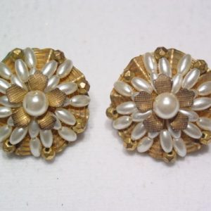 Hobe Imitation Pearl Earrings