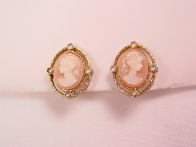 Tiny Plastic Cameo Earrings