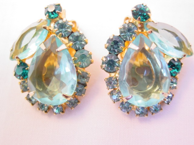 Aqua-Colored D&E Earrings