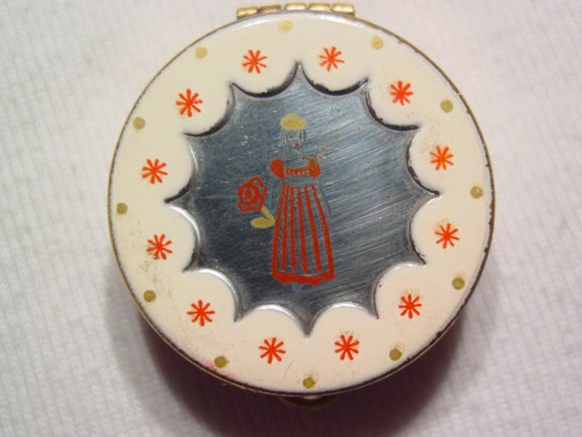 Small Old Spice Lipstick Compact