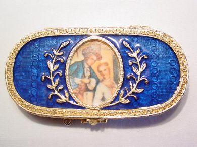 Estee Lauder Victorian-Style Oval Solid Perfume/Sachet Box