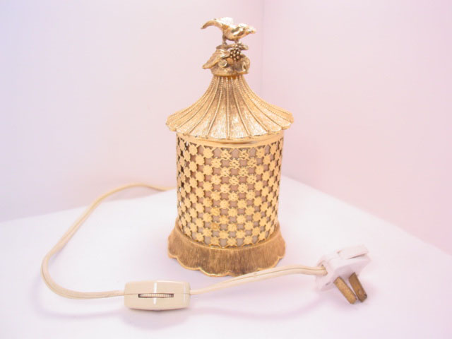 Matson Boudoir Night Light (Lamp) with Bird on Top