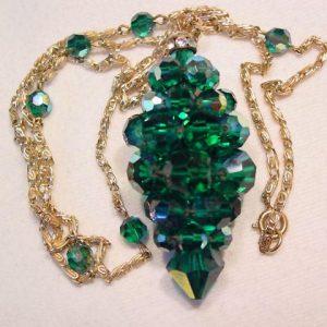 Bright Emerald Green Aurora Borealis Cluster Necklace