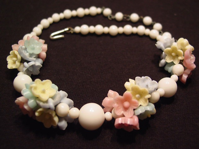Pastel Glass Flowers Necklace
