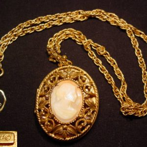 Filigreed Real Shell Cameo Florenza Locket Necklace