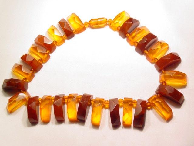 Gorgeous Half Circles of Bakelite Necklace