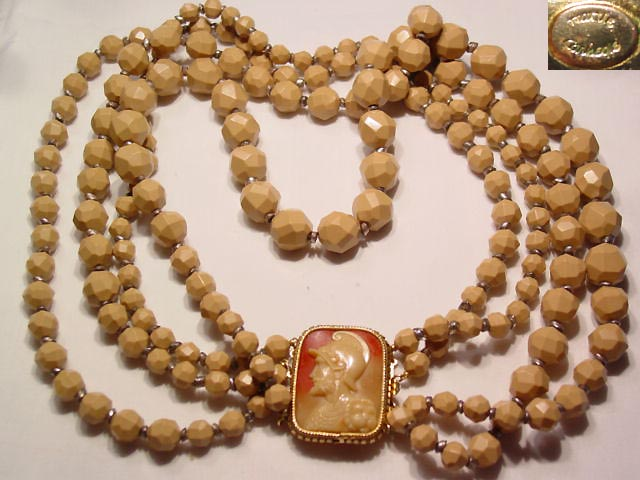 Hattie Carnegie Beige Cameo Necklace