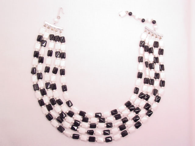 Japan Glass Checkerboard Necklace
