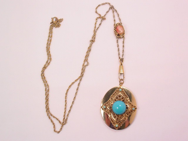Cameo Slide and Imitation Turquoise Locket Necklace