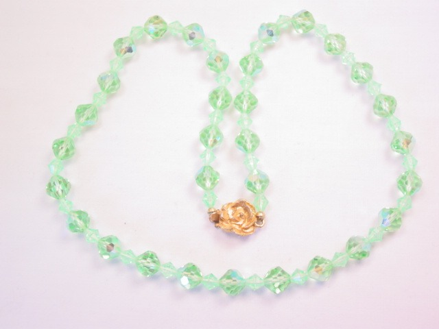 Single-Strand Lime Green Aurora Borealis Necklace