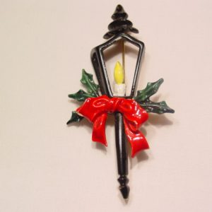 Art Christmas Lantern Pin