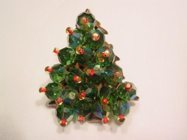 Green Aurora Borealis Christmas Tree Pin
