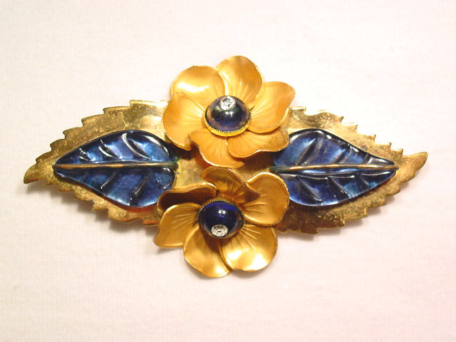 Wonderful Blue Glass Floral Pin