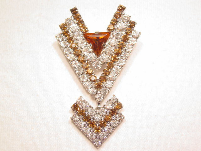 Art Deco Design Brown and Clear Rhinestone Pin