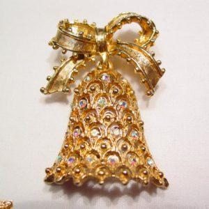 Tancer II Aurora Borealis Christmas Bell Pin
