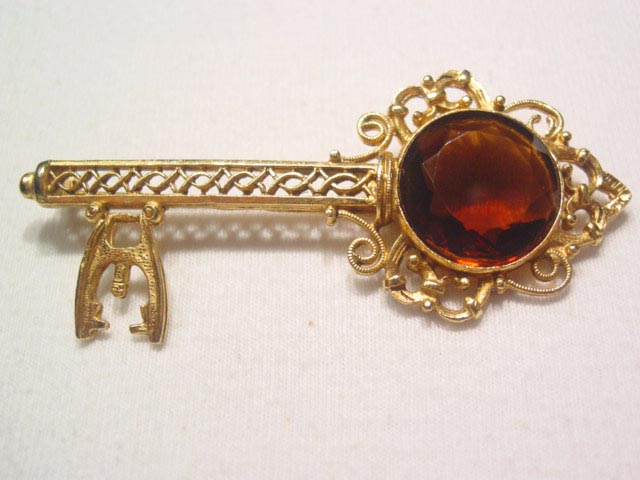 Topaz Golden Key Pin