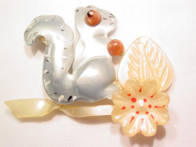 All-Plastic Squirrel Pin
