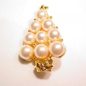 Imitation Pearl Christmas Tree Pin
