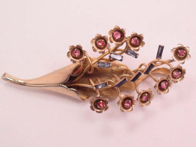Unusual Pink and Blue Rhinestone High-Relief Flower Bouquet Pin