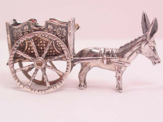 3-Dimensional Donkey Pulling Cart Pin