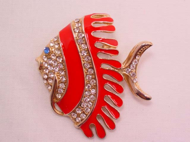 Red-Striped Fish Pin