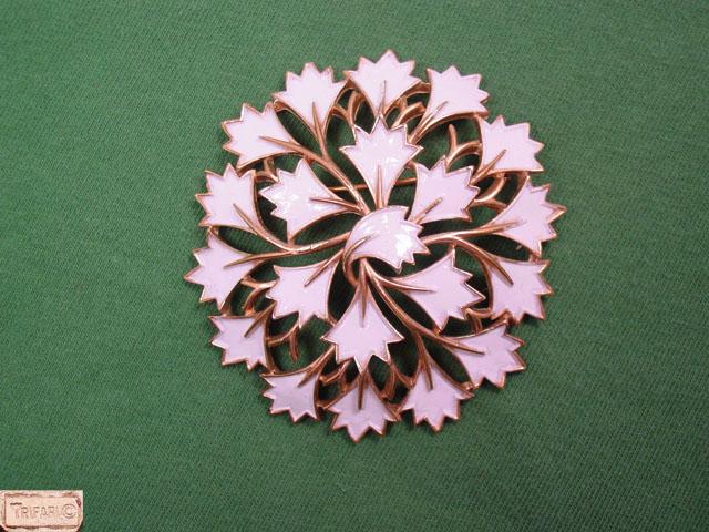 Trifari Circle of Modernistic White Leaves Pin