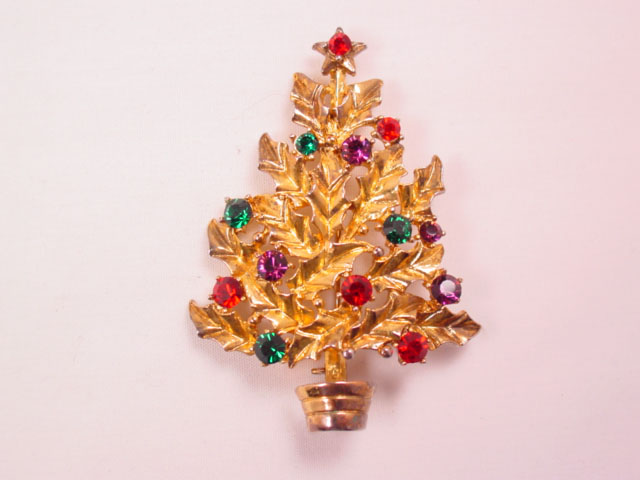 Eisenberg Ice Holly Leaf Christmas Tree Pin
