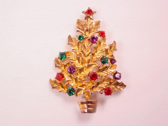 Eisenberg Ice Holly Leaf Christmas Tree Pin