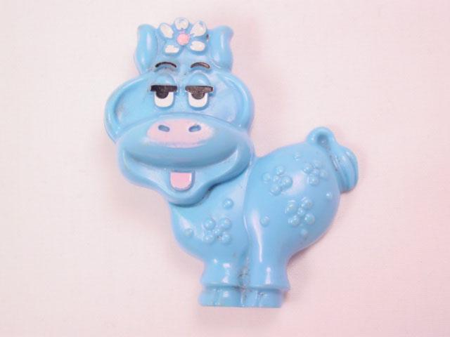 1973 Blue Cow Avon Sachet Pin