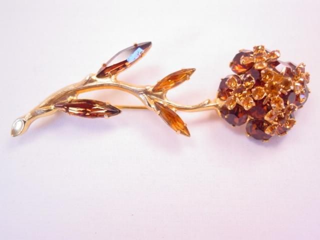 Beautiful Dimensional Topaz-Colored Rhinestone Flower Pin