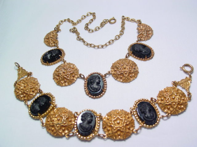 Beautiful Black Victorian Cameo Necklace and Bracelet Set