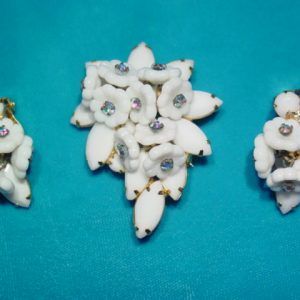 Milk Glass Flowers Pin and Earrings Set