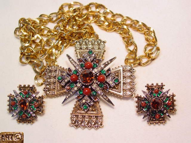 Art Maltese Cross Pin/Necklace and Earrings Set