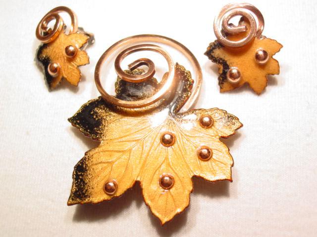 Beautiful Matisse Renoir Orange Maple Leaf Pin and Earrings Set