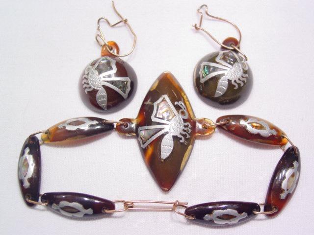 Spectacular Inlaid Tortoise Shell Honey Bee Bracelet and Earrings Set