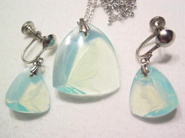Opalescent Crystal Butterfly Necklace and Earrings Set