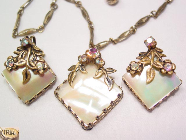 Triad Mother of Pearl Necklace and Earrings